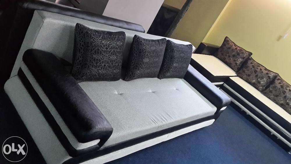 Мягкая мебель для зала со склада