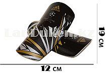 Футбольные щитки под гетры без резинок черные с геометрическими узорами