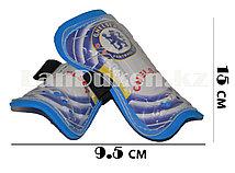 Детские футбольные щитки с резинкой Chelsea
