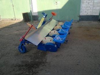 Рассадопосадочная машина серии Agro-Max Польша, фото 2
