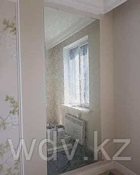 Зеркало с художественным пескаструем