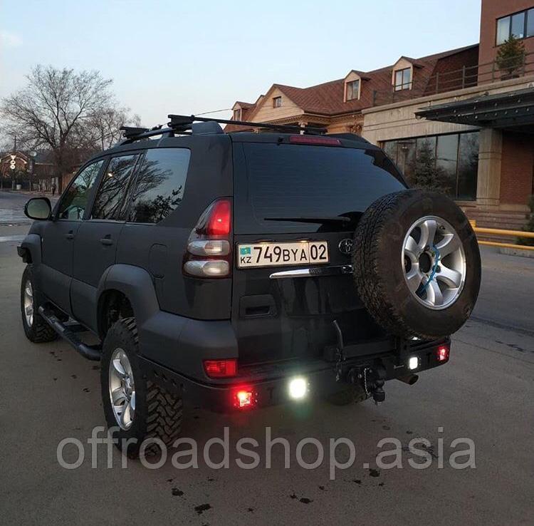 Задний бампер на Toyota prado 120 (без ПТФ)