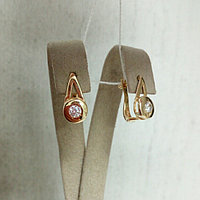 Золотые серьги с цирконом