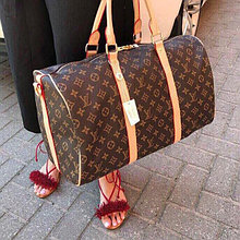 Дорожные сумки женские