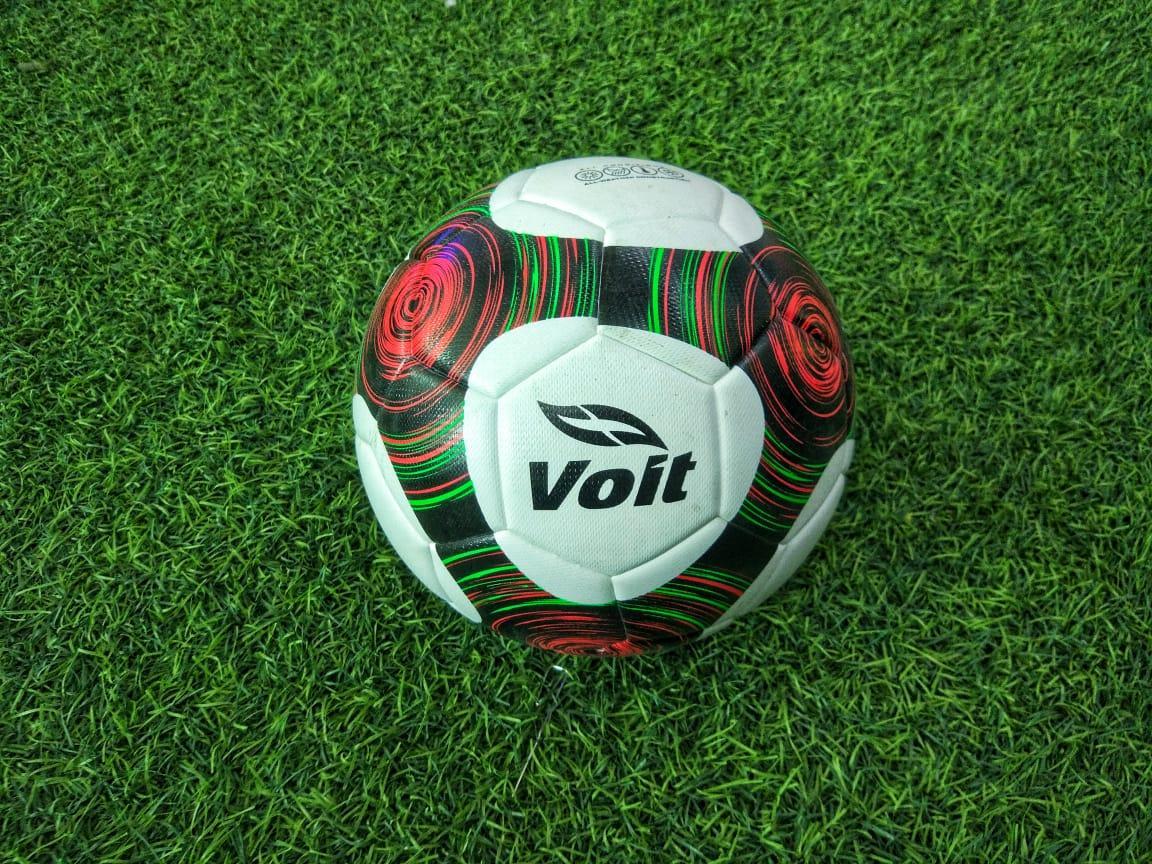 Мяч футбольный Volt
