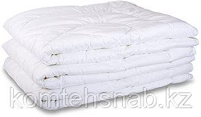 Одеяла синтипон 1,5 , пл.200 г/м2, размер 140-205 см