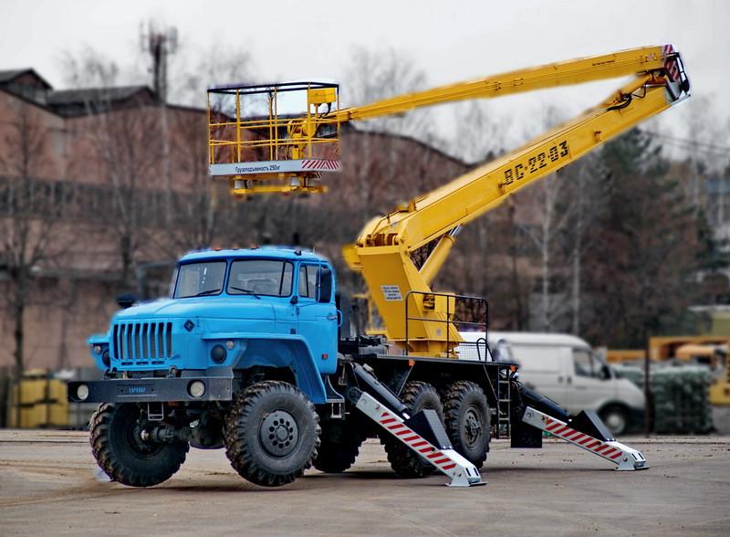 Автовышка шасси Урал
