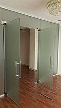 Цельностекляные перегородки и двери