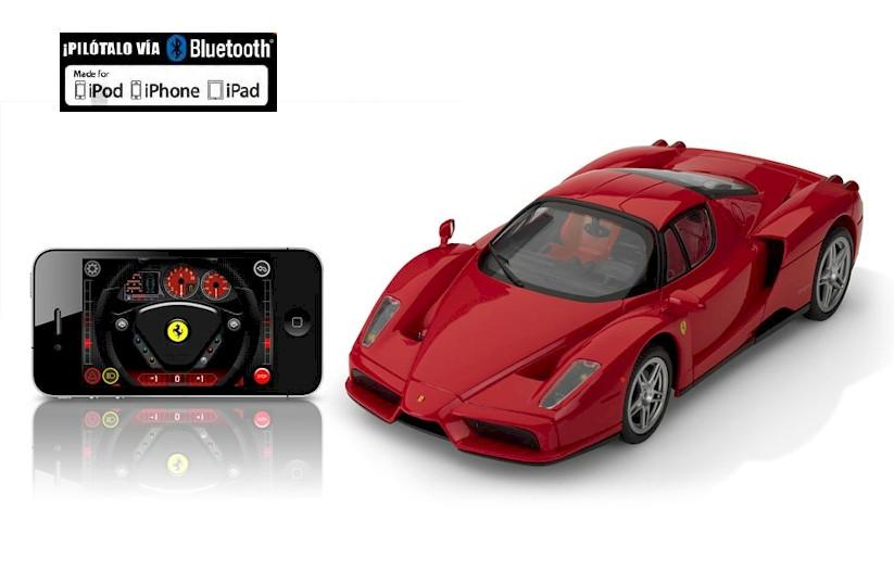 R/C Silverlit Машина с управлением от iPhone/iPad/iPod через Bluetooth Ferrari Enzo 1:16