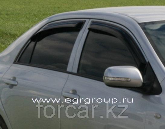 Дефлекторы боковых окон 4 части темные EGR для Toyota Corolla 2006-, фото 2