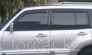 Дефлекторы боковых окон EGR 4 части темные, карбон  Mitsubishi Pajero III  2000-2006