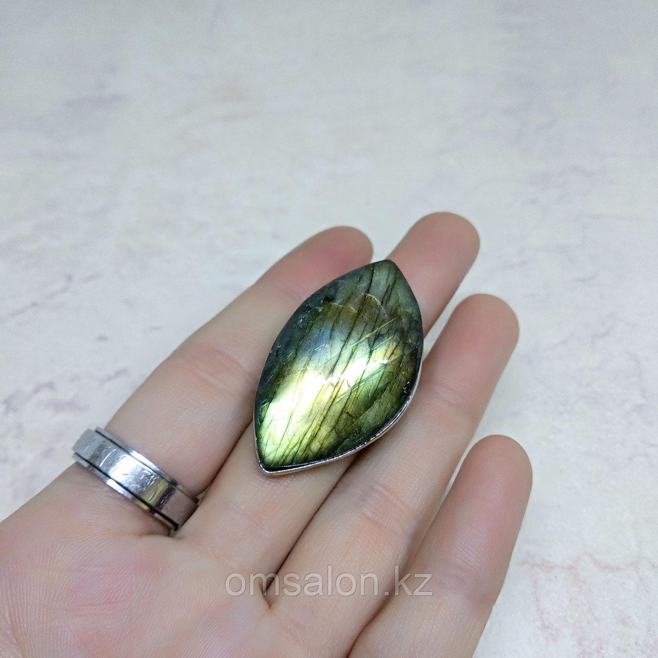 Кольцо с лабрадором, 38х20мм