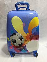 Детский чемодан в комплекте на 4-х колесах для девочек с 4-х до 7-и лет. Высота 45 см, длина 28 см, ширина 20, фото 1
