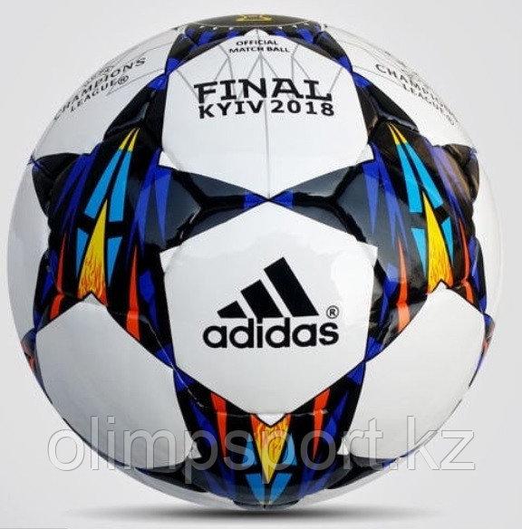 Мяч футбольный в ассортименте