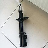 Стойка амортизатора задняя левая AVENSIS 1997-2003  АКЦИЯ!!!, фото 2