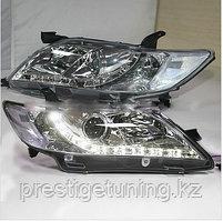 Передние фары на Camry V40 2006-09 Crome R8 Style