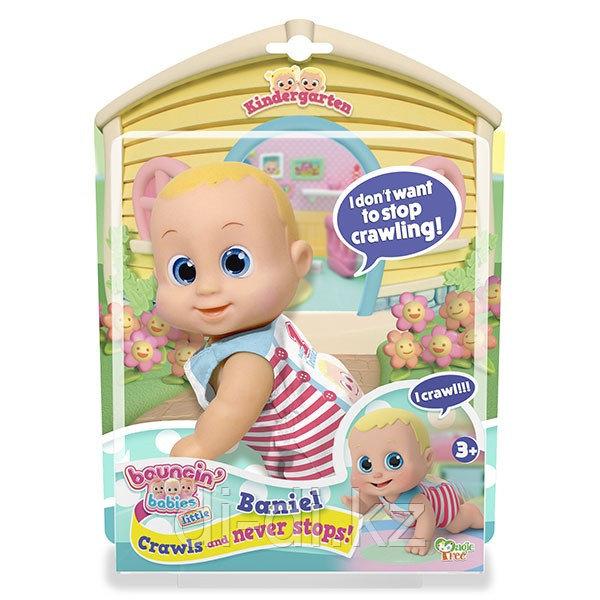 Bouncin' Babies Кукла Баниэль ползущая, 16 см