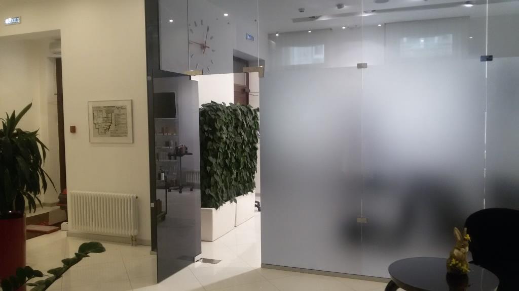 Установка стеклянных душевых кабин, офисных перегородок - фото 6