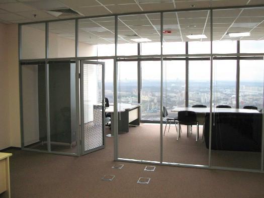 Установка стеклянных душевых кабин, офисных перегородок - фото 7