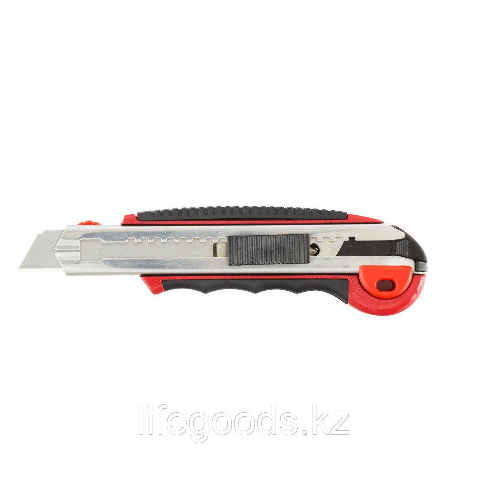 Нож, 18 мм, выдвижное лезвие, металлическая направляющая, обрезиненная ручка, 5 лезвий Matrix 78921
