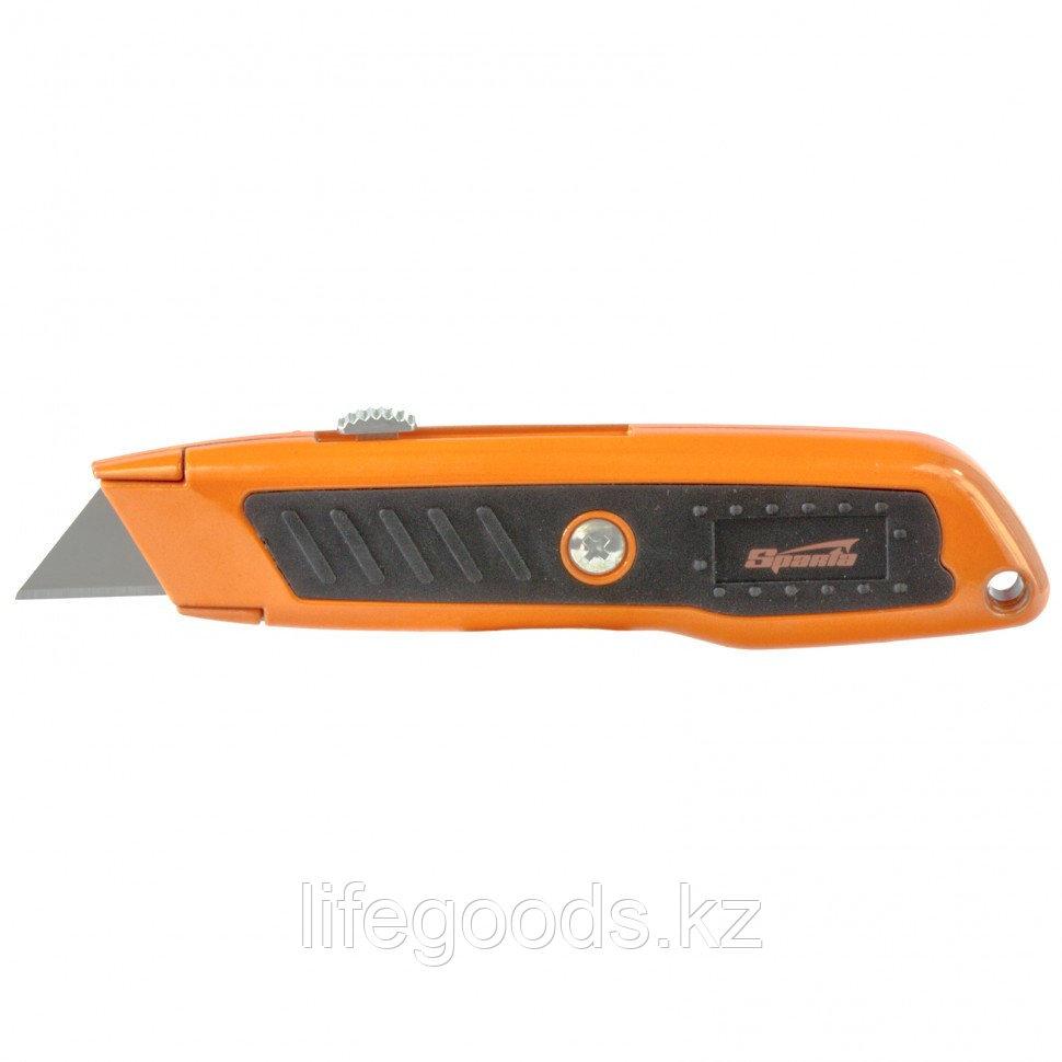 Нож, 19 мм, выдвижное трапециевидное лезвие, двухкомпонентный корпус Sparta 78978