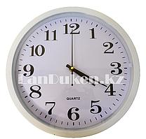 Настенные часы Quart белый корпус 710