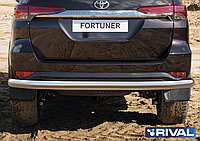 Защита заднего бампера d76  Toyota Fortuner, 2017-