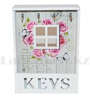 Деревянная настенная Ключница для ключей розы и бабочки