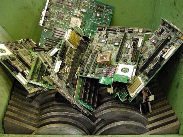 Утилизация и переработка оргтехники с выплатами и компенсацией - фото 1