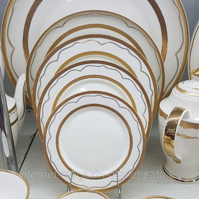 Чайно-столовый сервиз на 12 персон, 103 предмета