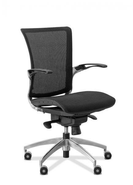 Кресло для персонала C80 (каркас черный)