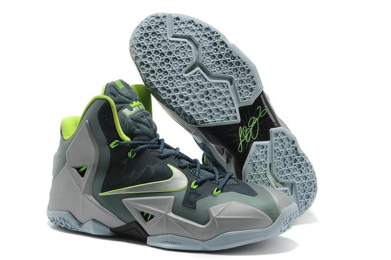 Баскетбольные кроссовки LeBron 11 (XI) Carbon Series