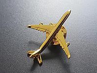Значок самолет Airbus A340, золотистый цвет