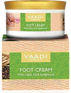 Крем для ног с маслом сандала и гвоздики Ваади   Vaadi Foot Cream Clove&Sandal Oil. 150 гр
