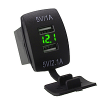 USB зарядное устройство в авто кнопки с вольтметром 12-24В зеленый