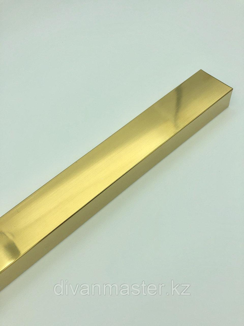 Труба квадратная 50*30 мм, золото, 3 метра