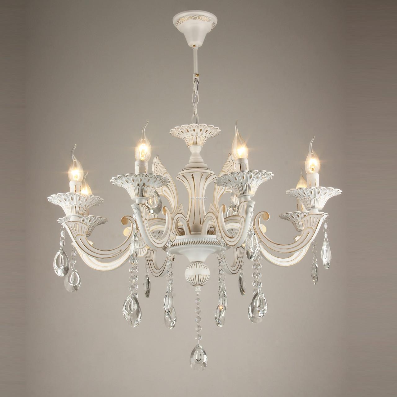 Классическая белая люстра на 8 ламп
