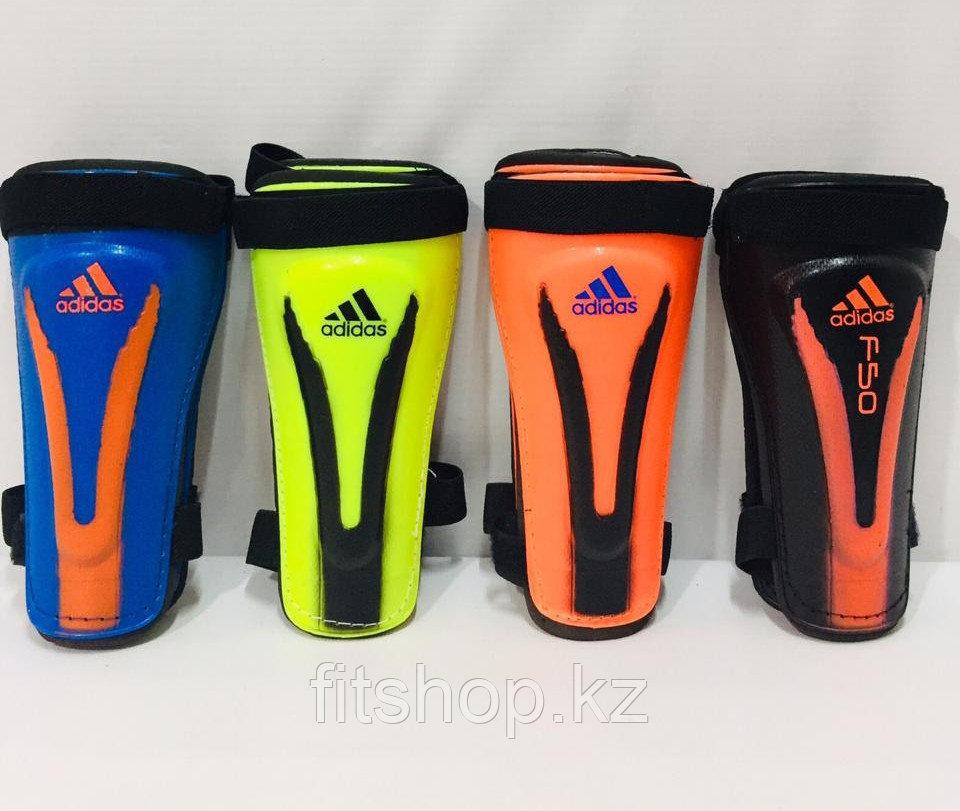 Щитки футбольные Adidas детские и подростковые