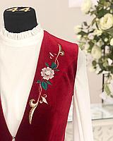 Камзол женский с вышивкой красный