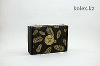 """Коробка черного цвета 230х170х75(мм) с печатью""""ШИШКИ ЗОЛОТО"""""""