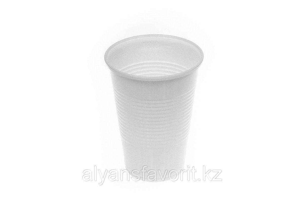 Стакан прозрачный/белый пластиковый 200 мл. РФ