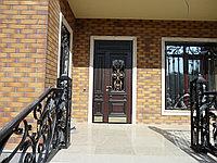 Двери железные на заказ с ковкой и стеклом в Алматы