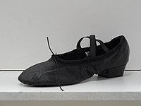 Балетки на каблуке (черный)