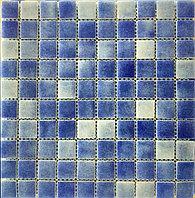 Крупная стеклянная мозаика сине-голубой