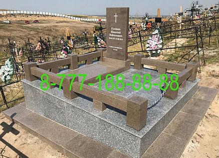 Гранитный комплекс на могиле, фото 2