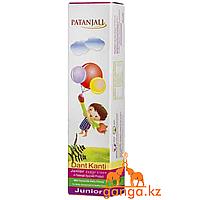 Натуральная Детская Зубная паста (Dant Kanti Junior Dental Cream PATANJALI), 100 г.