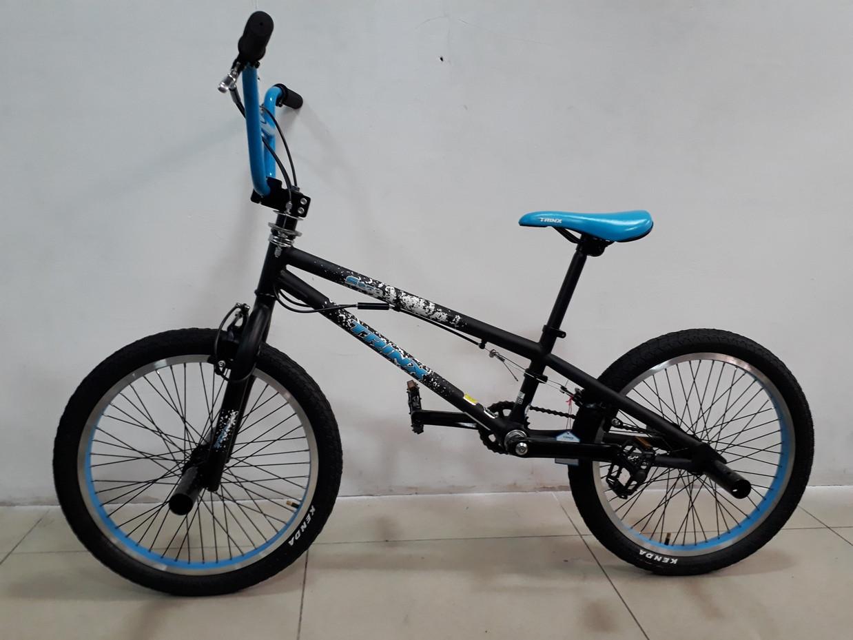 Велосипед Bmx S200 от Trinx. Трюковый