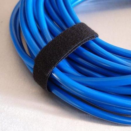 Многоразовая крепежная лента липучка Hook & Loop, ширина 20 мм (25 метров в рулоне) black, фото 2