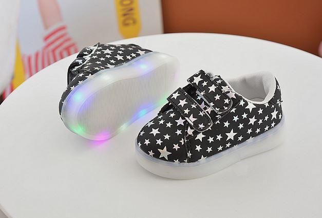 Весенние светящиеся кроссовочки, цвет черный, со звездочками, 29 размер