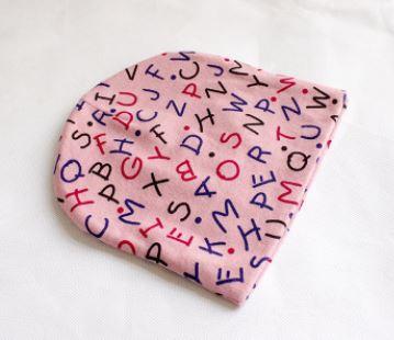 "Шапочка ""Алфавит"", цвет розовый, на 9-24 мес"